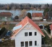 Eladó ikerház Kiskunlacháza Dunaparton