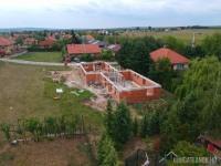 Eladó ikerház Isaszeg Új építésű övezetben